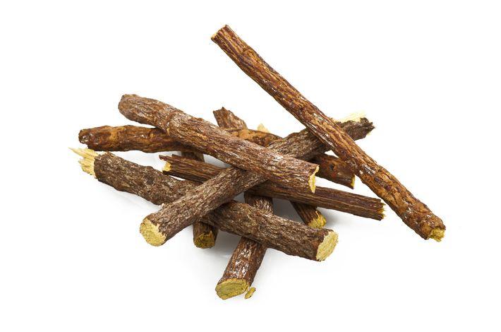 палочки корня солодки